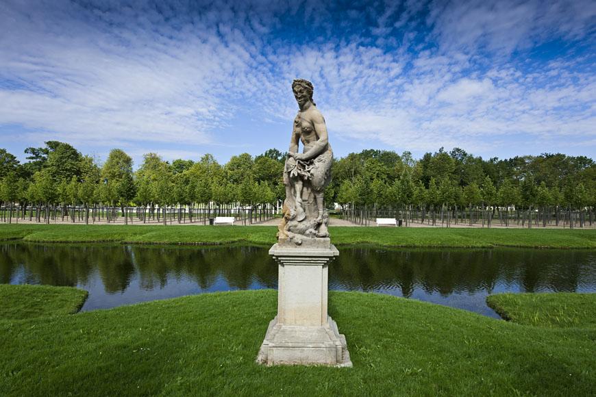 10_Schwerin_Schlossgarten_Permoser_Statue_Sommer_DSC0419