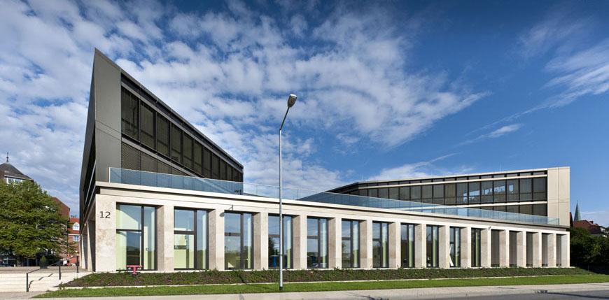 14_Schwerin_IHK_Gebäude_Ludwig_Bölkow_Haus_Architekt_Theherani_DSC0368_N